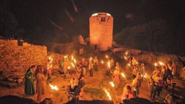 Nocne Zwiedzanie Zamku we Wleniu