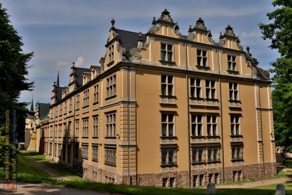 pałac Czettritzów, widok współczesny, FOTO: welthellsicht.blogspot.com, CC BY-NC